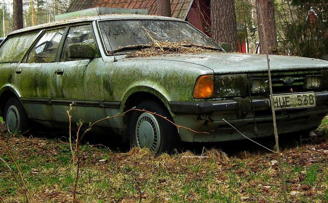 Stary samochód – lepiej sprzedać czy zezłomować?